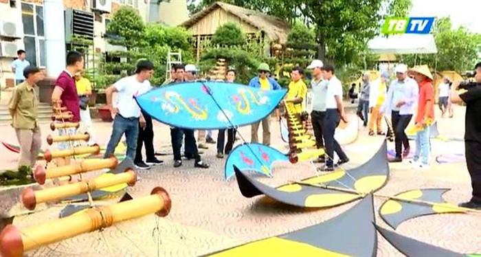 2020年首届全国风筝节在南定省举行