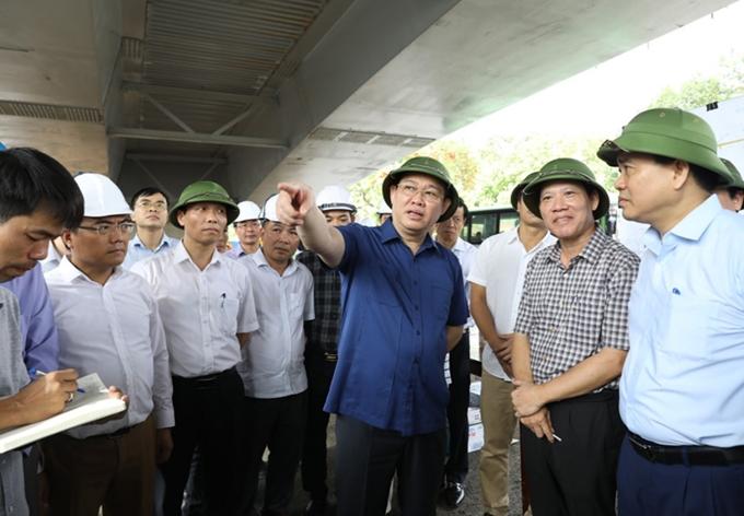 河内市将按质加快5个重点交通项目的施工进度
