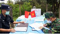 越南奠边省边防部队与中国云南出入境边防检查总站举行会谈