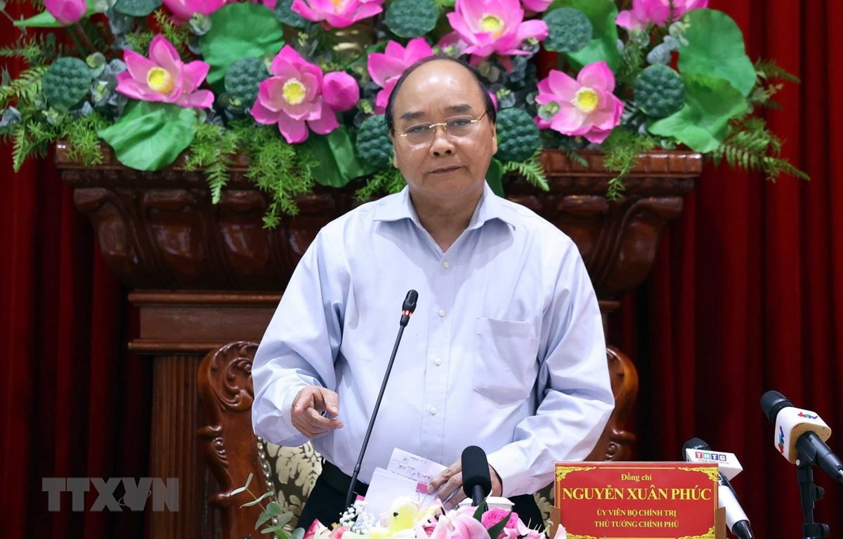 阮春福总理:应用先进技术进行农业生产和应对咸潮