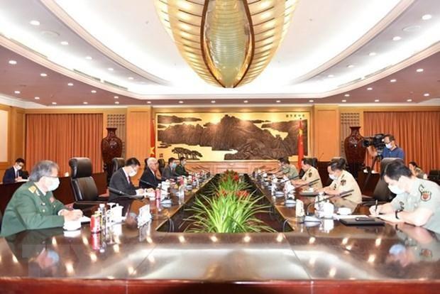 力推越中两国防务合作关系日益务实有效发展