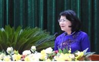 国家副主席邓氏玉盛出席第八次崑嵩省爱国竞赛大会