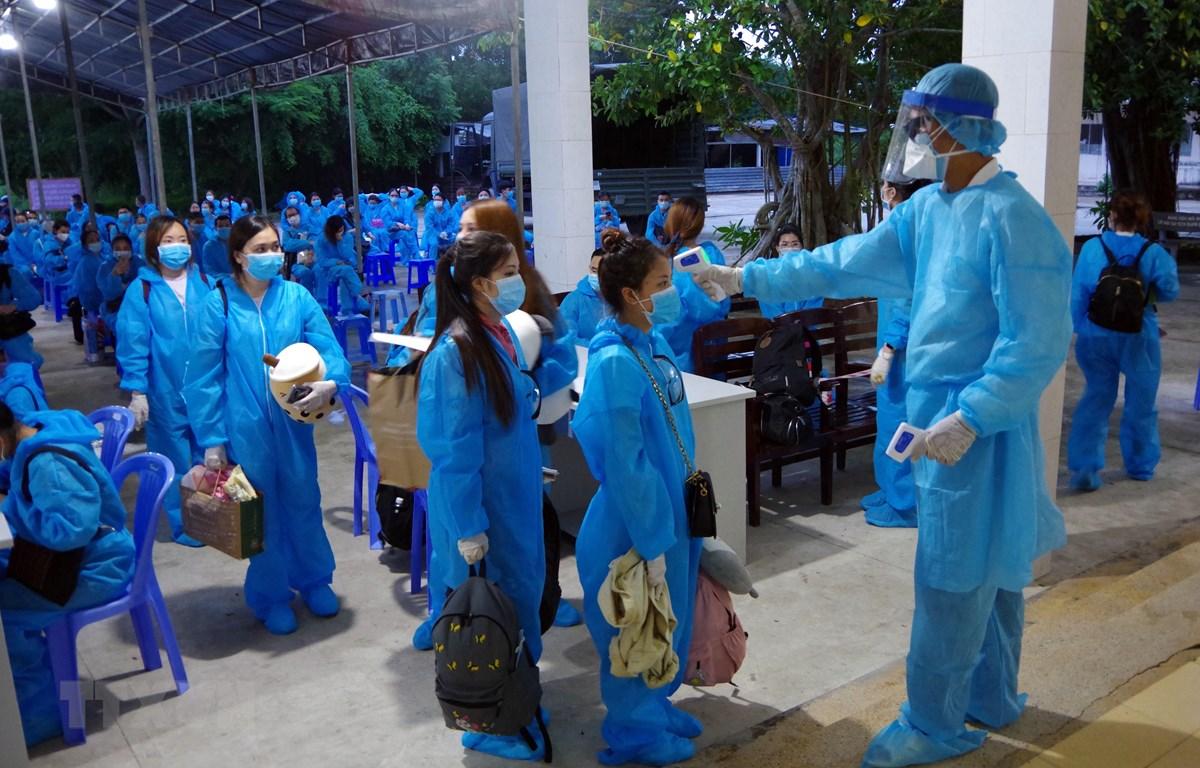 搭载在泰国越南公民的航班安全抵达新山一国际机场