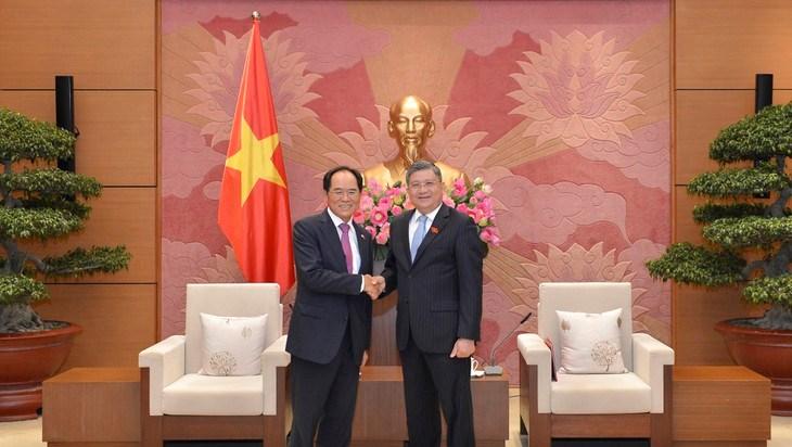 韩国国会议长文喜相即将对越南进行正式访问