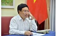 继续保持越南和安哥拉间的密切合作,进一步深化双方政治外交关系