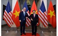 范平明同志与美国国家安全顾问罗伯特·奥布莱恩举行会谈