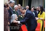 越南政府总理阮春福出席河内市奠边坊全民族大团结日活动