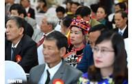 阮富仲同志和阮春福总理向全国先进学习模式表彰大会致贺电