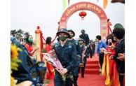 河内市举行2021年度新兵交接仪式