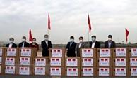 中国边境省份向越南广宁省赠送防疫物质