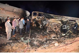 埃及发生严重交通事故致20人死亡