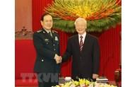 越共中央总书记阮富仲会见中国国务委员、国防部长魏凤和