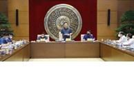 国会主席王廷惠与越南国会常委会立法研究院举行工作会议