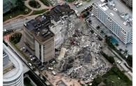 美国一公寓楼局部坍塌,近百人下落不明