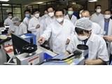 政府总理:决心2022年6月前国产新冠疫苗正式亮相