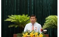 阮成峰再次当选胡志明市人民委员会主席