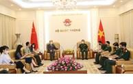 越南国防部副部长黄春战会见中国驻越南大使