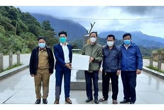 广平省协助老挝甘蒙省抗击新冠肺炎疫情