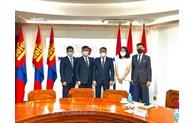促进越南与蒙古两国两党之间的合作