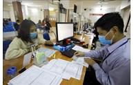 河内市近150万名受疫情影响的劳动者收到补贴