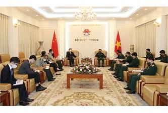 越南国防部副部长黄春战上将会见中国驻越南特命全权大使熊波