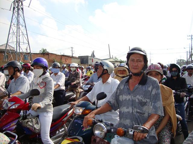 TP Hồ Chí Minh kiểm soát phương tiện cá nhân theo cách nào?