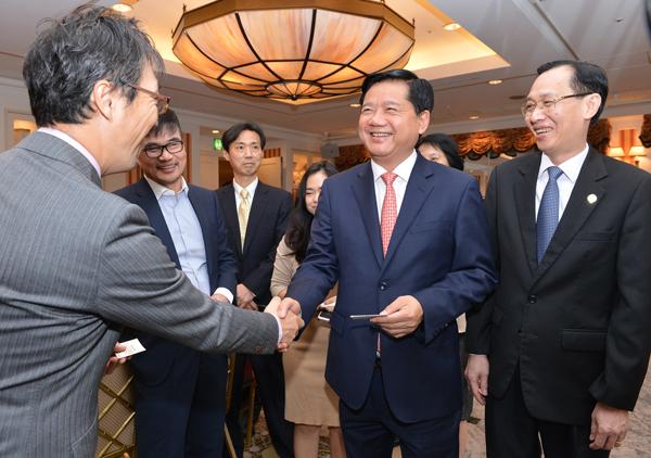 Đồng chí Đinh La Thăng: TP Hồ Chí Minh luôn đồng hành cùng các nhà đầu tư nước ngoài