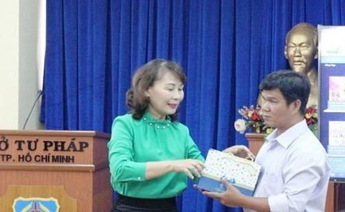 TP Hồ Chí Minh: Ra mắt Bộ Sách nói về pháp luật cho người mù