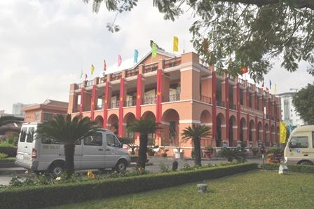 Những công trình kiến trúc nổi tiếng ở TP. Hồ Chí Minh