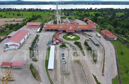TP. Hồ Chí Minh tăng cường đầu tư vào các địa phương của Lào