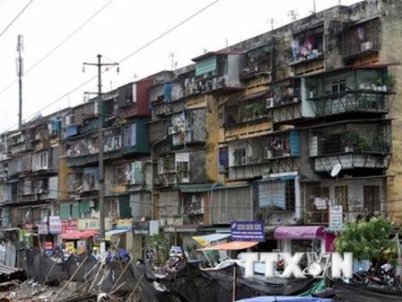 TP.Hồ Chí Minh khẩn trương xây dựng thay thế các chung cư cũ nát