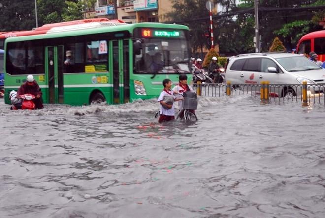 Kiến nghị Thủ tướng cho phép lập dự án cấp bách chống ngập nước trên địa bàn