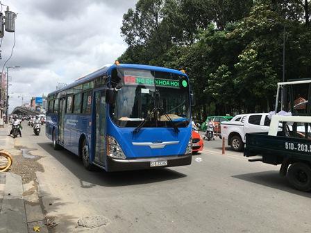 TP.Hồ Chí Minh đặt mục tiêu có 15% - 20% học sinh đến trường bằng xe buýt