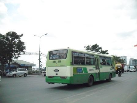 Miễn phí cho người cao tuổi khi đi xe buýt