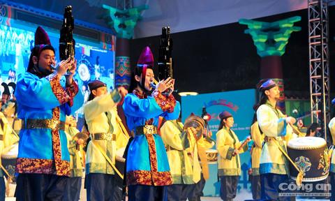 Nhiều hoạt động hấp dẫn trong Lễ hội văn hóa thế giới TP.Hồ Chí Minh - Gyeongju 2017