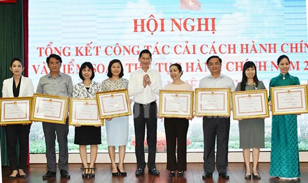 Tăng cường cải cách hành chính để đem lại sự hài lòng của người dân và doanh nghiệp