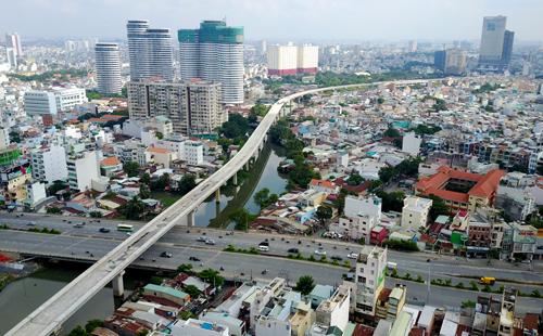Khẩn trương hoàn thành thẩm định tổng mức đầu tư dự án đường sắt đô thị