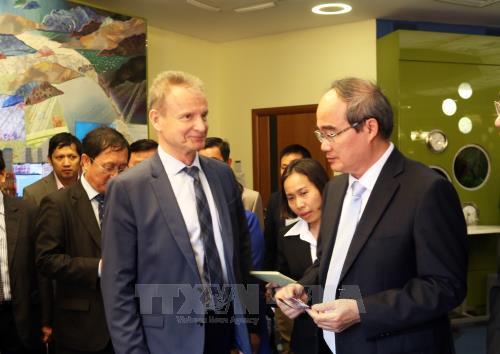 Bí thư Thành ủy Thành phố Hồ Chí Minh tìm hiểu công nghệ xử lý nước thải tại St. Petersburg (Nga)