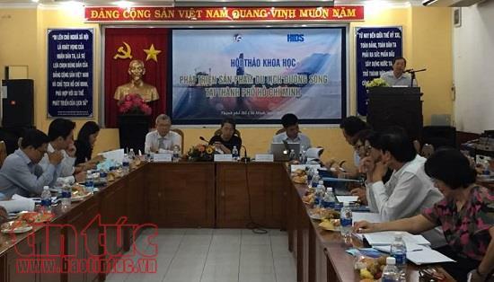 Phát triển sản phẩm du lịch đường sông tại Thành phố Hồ Chí Minh