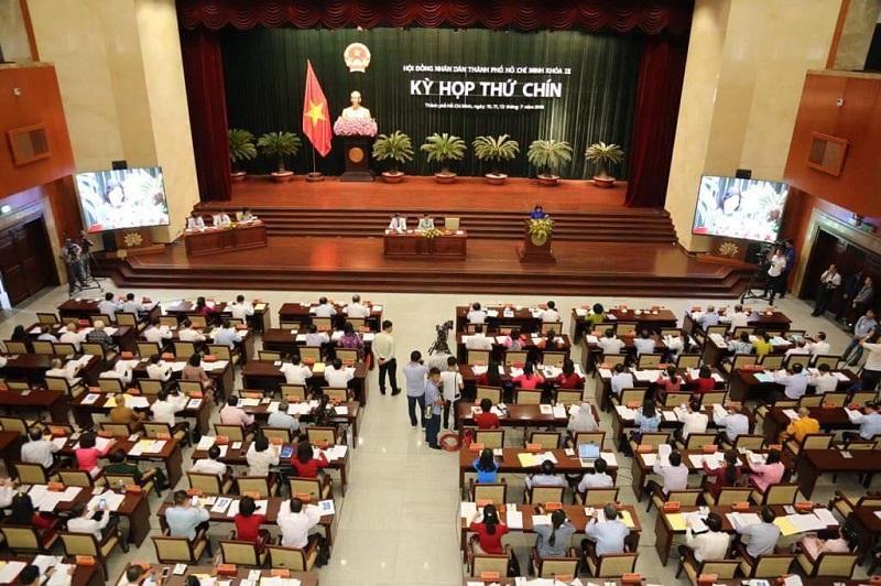 TP. Hồ Chí Minh giữ vững vị trí đầu tàu kinh tế của cả nước