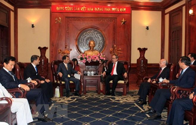 Lãnh đạo Thành phố Hồ Chí Minh tiếp Chủ tịch Liên minh Nghị sỹ Hữu nghị Nhật Bản-Mekong