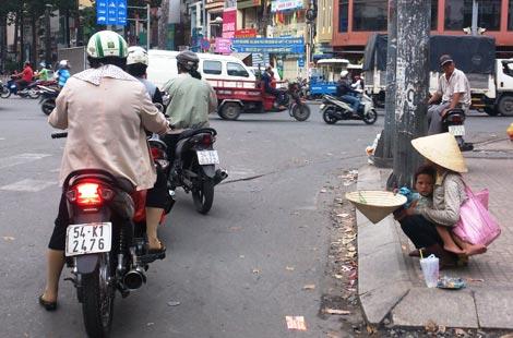 Tích cực giải quyết tình trạng người xin ăn trên đường phố