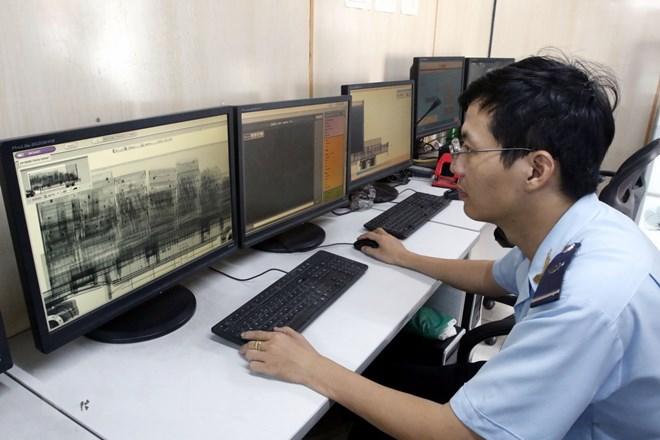 Triển khai hệ thống quản lý hải quan tự động