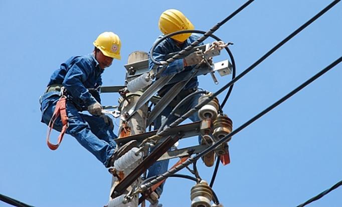 Bảo đảm cung cấp điện ổn định, an toàn trong mùa mưa bão
