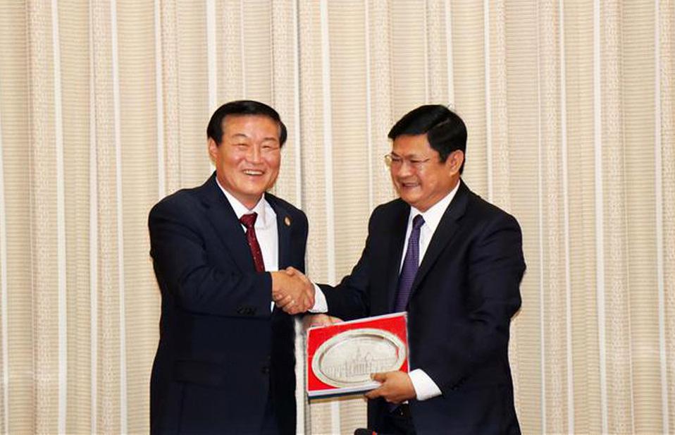 Thành phố Hồ Chí Minh đẩy mạnh hợp tác với tỉnh Gangwon (Hàn Quốc)