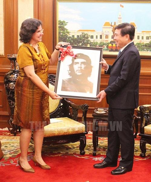 Tạo điều kiện thúc đẩy hợp tác Việt Nam - Cuba trên nhiều lĩnh vực