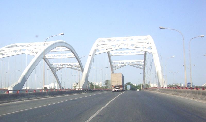 TP.Hồ Chí Minh sẽ làm mới 49 cây cầu và gần 200 km đường bộ