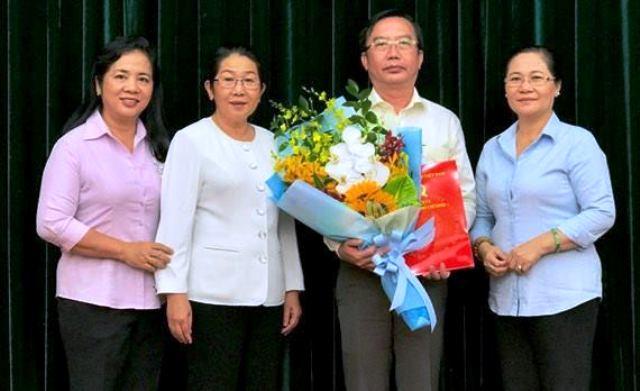Đồng chí Trần Thế Thuận giữ chức vụ Chánh Văn phòng Thành ủy TP Hồ Chí Minh