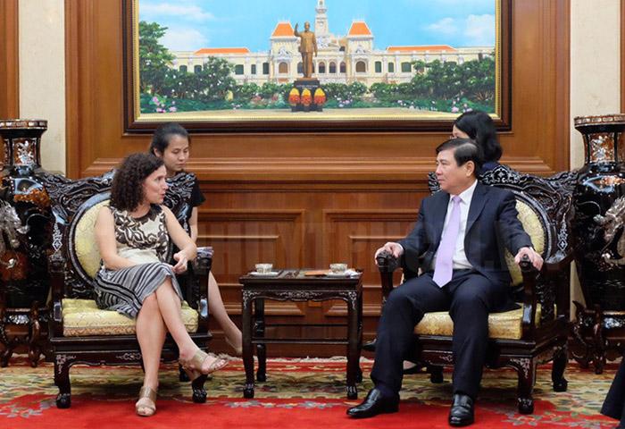 Thúc đẩy hợp tác đầu tư thương mại giữa Uruguay và TP Hồ Chí Minh