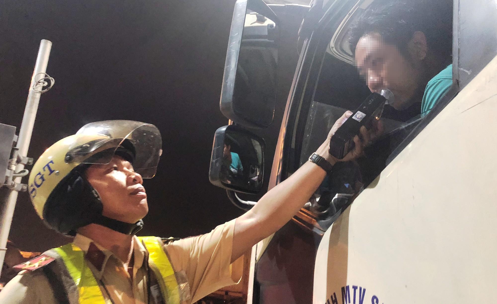 Tổng kiểm tra nồng độ cồn, chất kích thích đối với người điều khiển phương tiện
